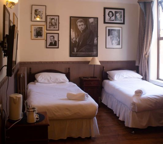 group room booking